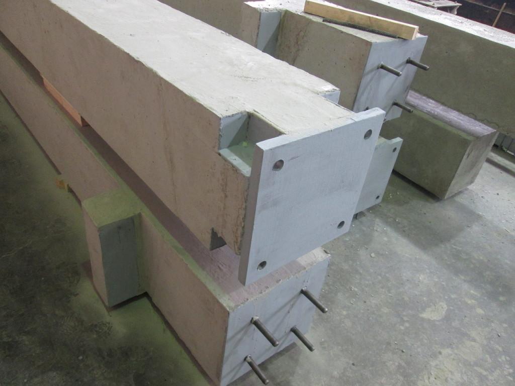 колонны с пейковыми закладными