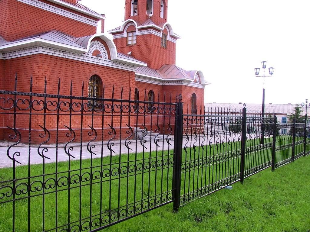 церковные ограды